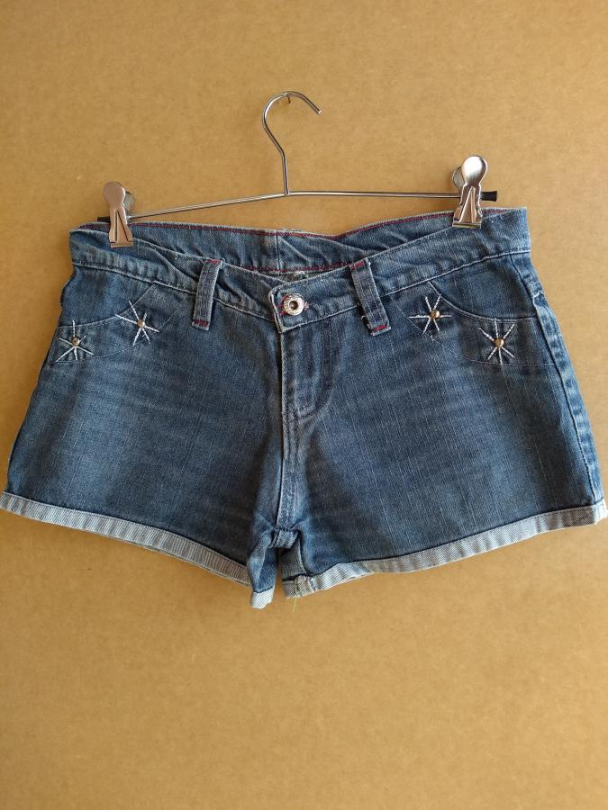 ShF05 - Short jeans com bordado